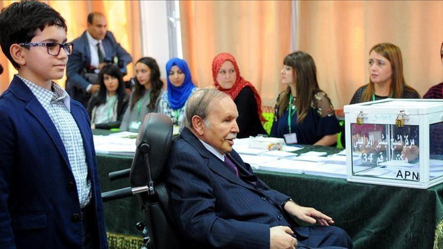 الجزائر.. محامون يعتزمون مقاطعة المحاكم رفضًا لترشح بوتفليقة