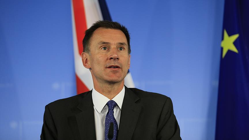 وزير الخارجية البريطاني يحذر من عواقب رفض البرلمان لـ