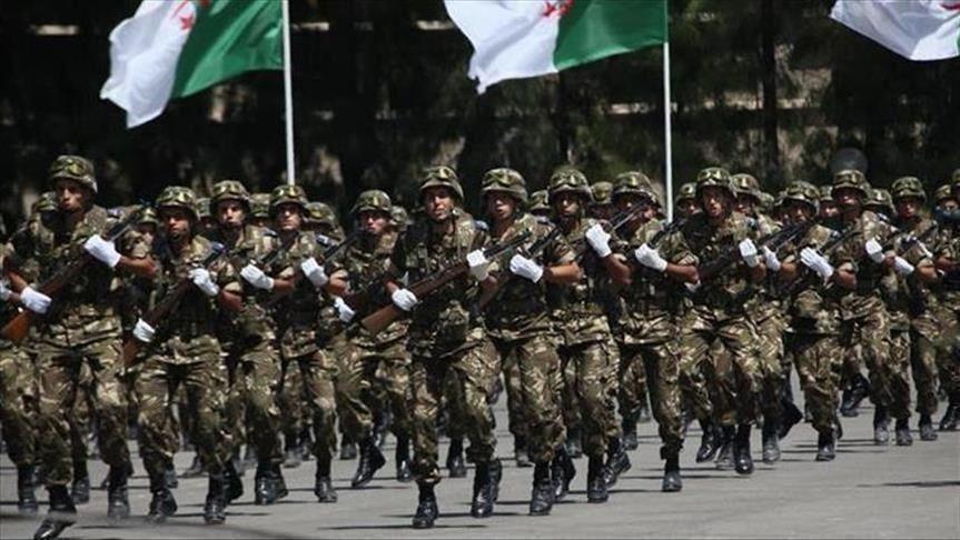 الجيش الجزائري يطرح خارطة طريق من 4 بنود لتجاوز الأزمة