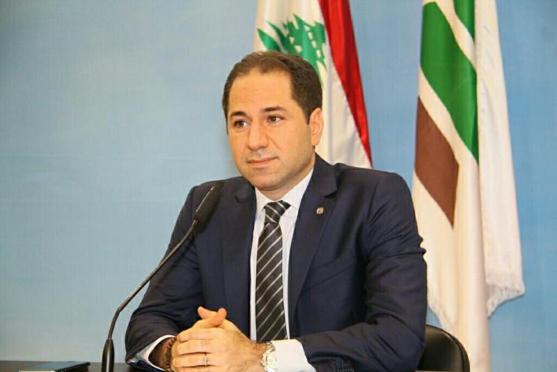سامي الجميل: من هو صاحب القرار في لبنان؟