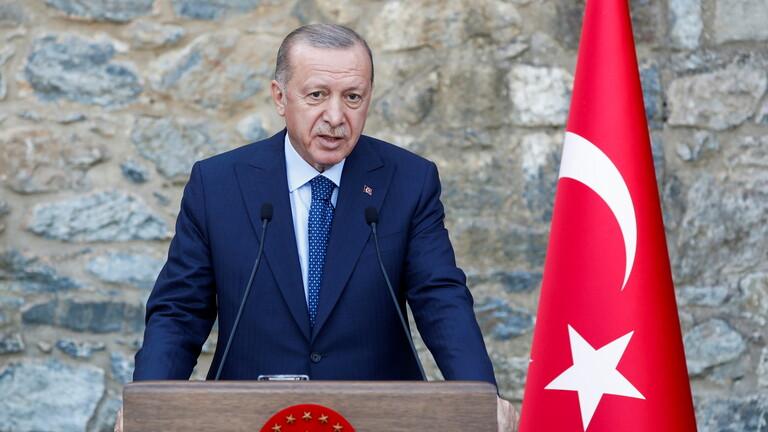 أردوغان يطلب من البرلمان تمديد صلاحية تنفيذ عمليات عسكرية في سوريا والعراق عامين آخرين