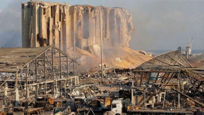 انفجار بيروت: كيف انتشرت نظريات المؤامرة على وسائل التواصل الاجتماعي