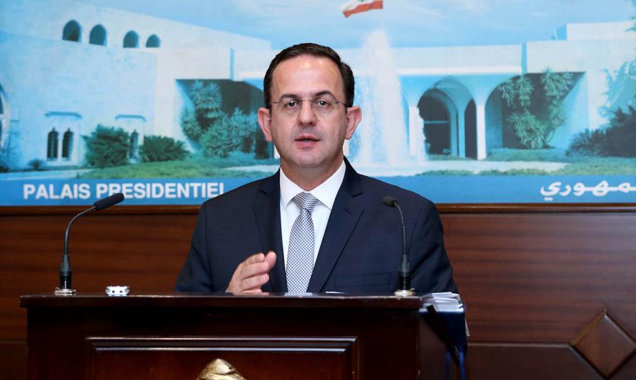 وزير السياحة يطلع على سير الاجراءات في مطار بيروت