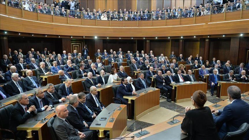 الأزمة المالية.. هل تدفع لبنان لإعادة جدولة أدوات دين قريبة الاستحقاق؟ )