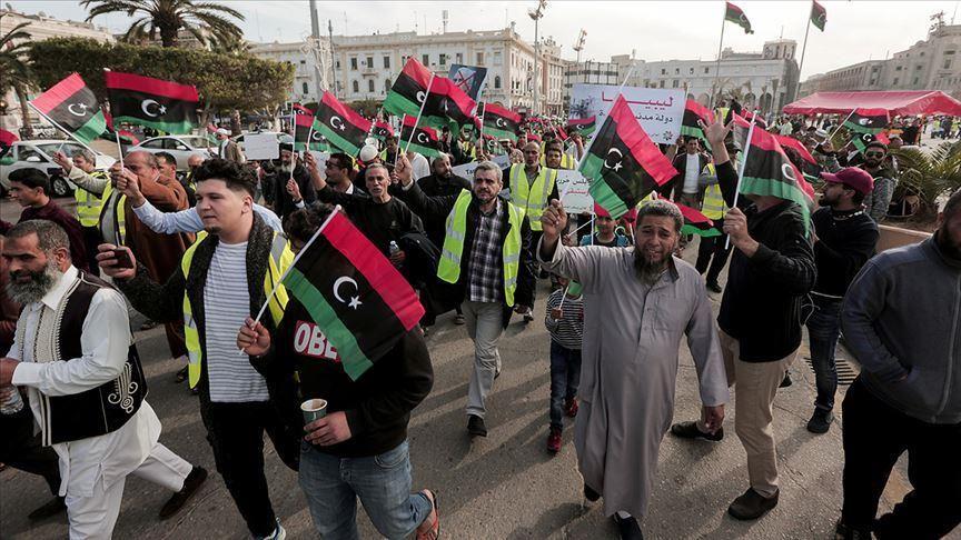 قمة القاهرة حول ليبيا تدعو إلى وقف القتال واستئناف العملية السياسية