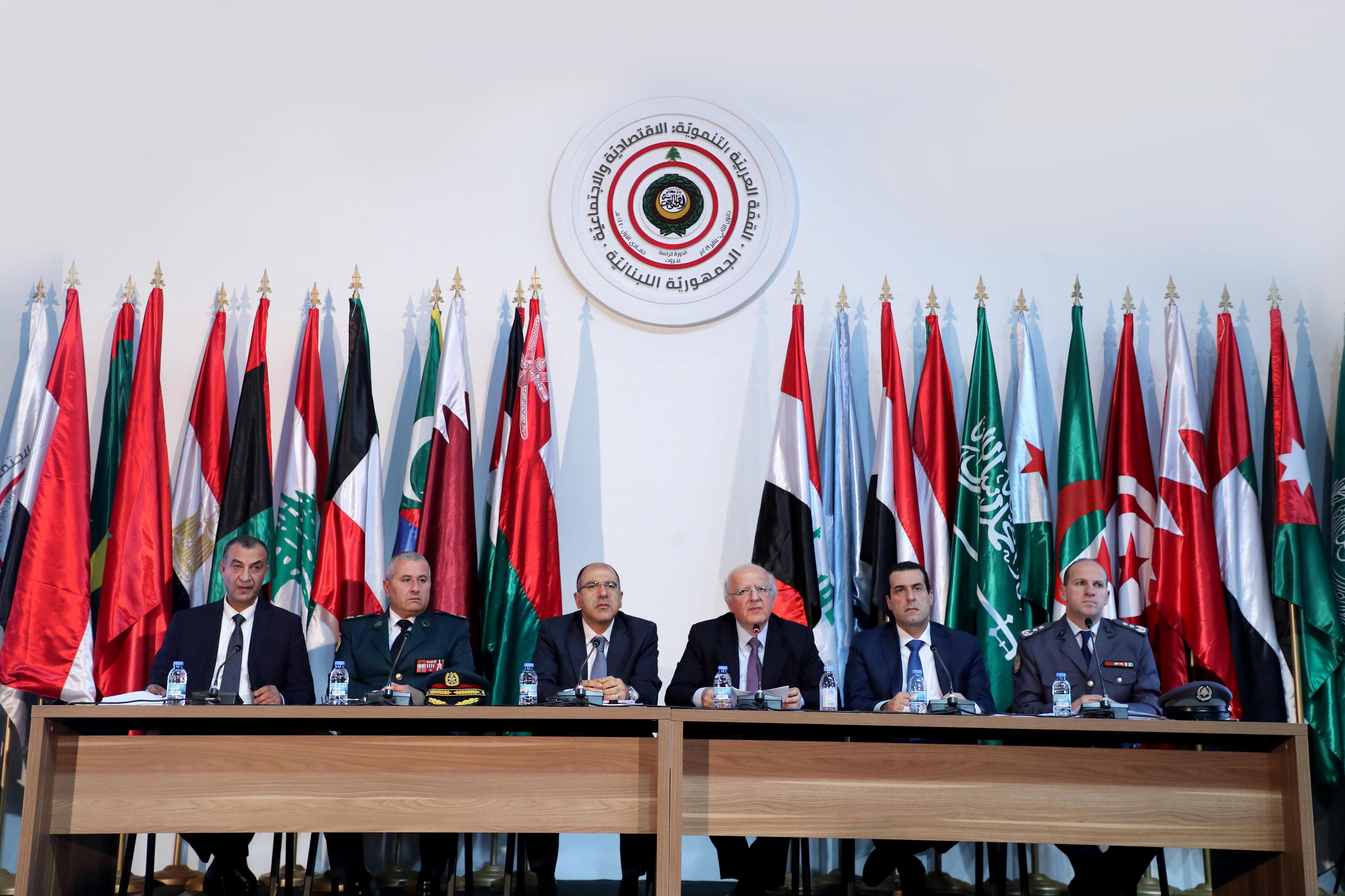 مؤتمر صحافي للجنة المنظمة للقمة الاقتصادية: مشاركة سوريا مرتبطة بقرار مجلس وزراء الخارجية العرب وتمزيق العلم الليبي مؤسف وتأكيد حضور 7 قادة حتى الآن