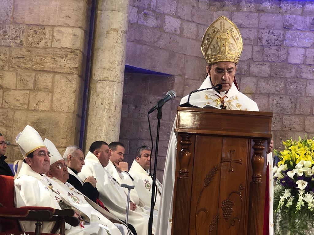 تصعيدٌ بين بكركي وحارة حريك... وبدء سقوط الغطاء المسيحي عن سلاح