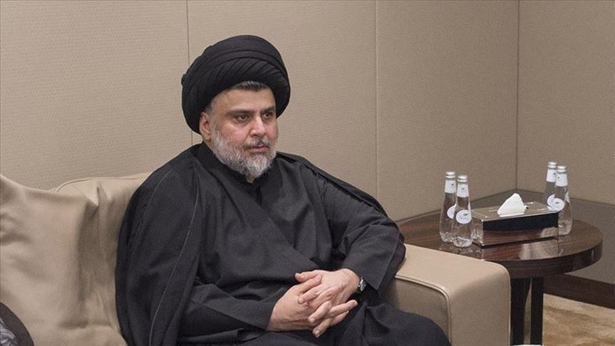 العراق.. الصدر يندد بقوى سياسية وقفت وراء تنحي علاوي